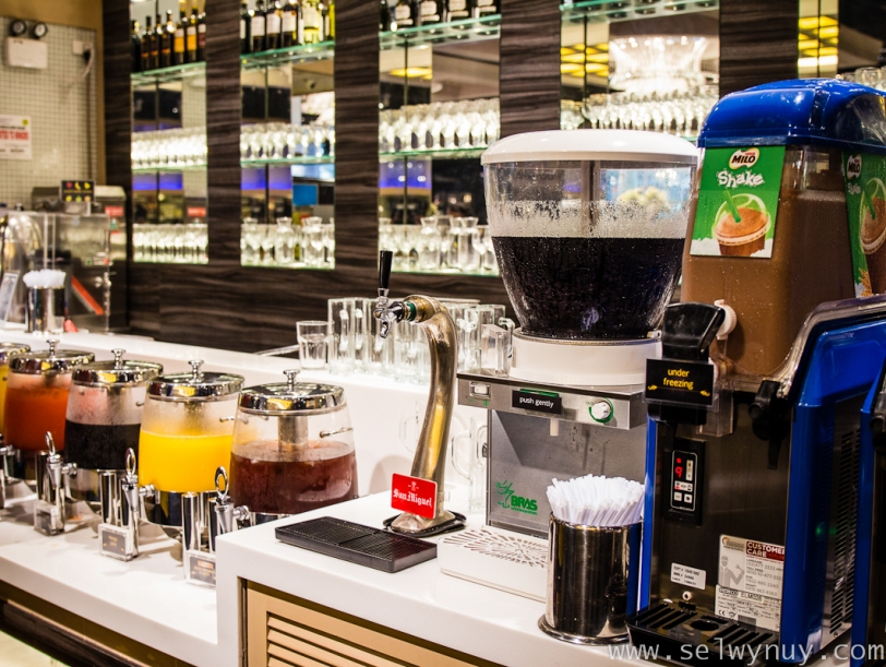 Vikings Buffet Drinks Bar